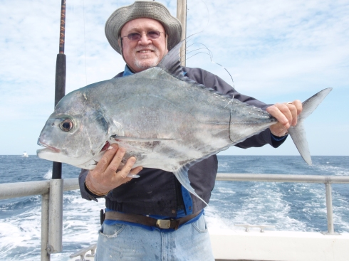 African pompano bar jack fishing and the 70 39 lady k deep for Florida pompano fish